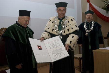 Uroczystość nadania tytułu Doktora Honoris Causa Politechniki Świętokrzyskiej profesorowi Henrykowi Józefowi Tuni