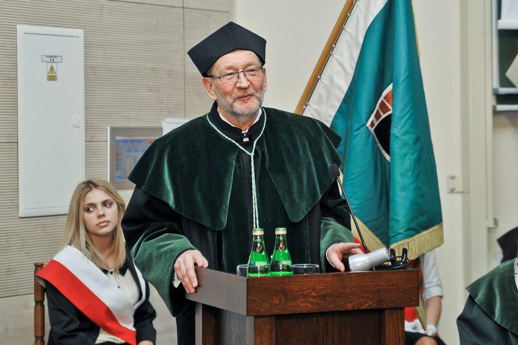 Uroczystość nadania tytułu doktora honoris causa Politechniki Świętokrzyskiej prof. dr hab. inż. Krzysztofowi Kluszczyńskiemu