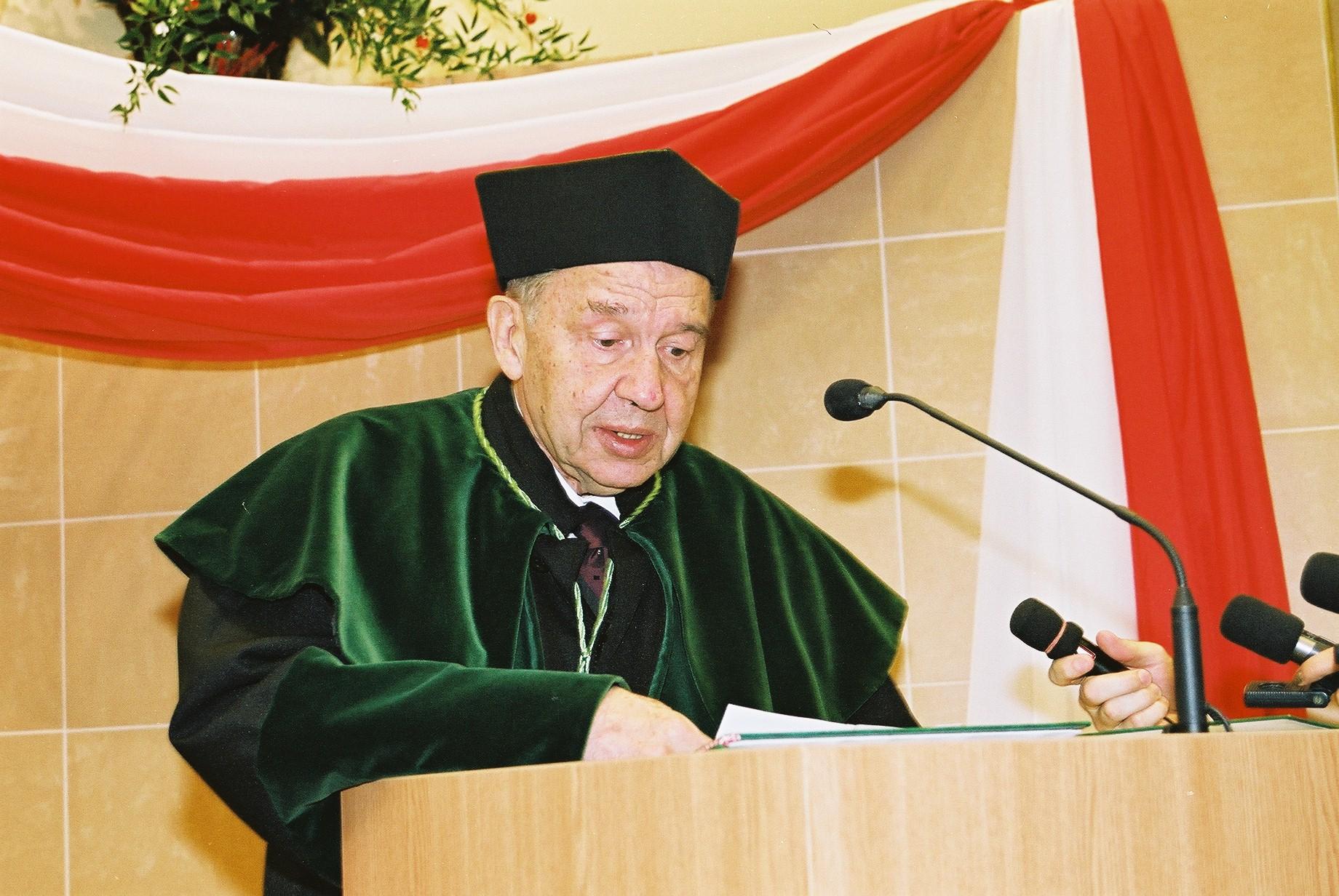 Nadanie tytułu doktora honoris causa prof. Janowi Wojciechowi Osieckiemu, dr h.c.