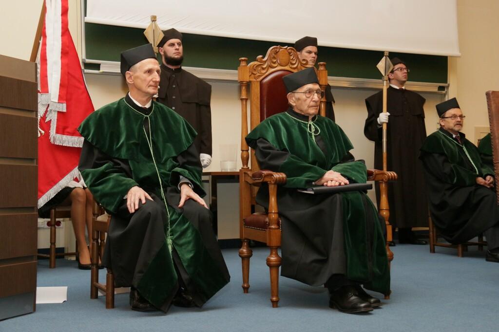 Nadanie tytułu doktora honoris causa Politechniki Świętokrzyskiej prof. dr inż. Wiesławowi Olszakowi
