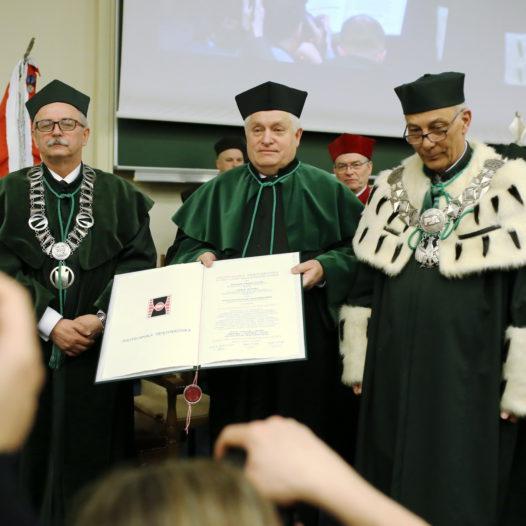 Nadanie tytułu Doktora Honoris Causa prof. Kazimierzowi Furtakowi