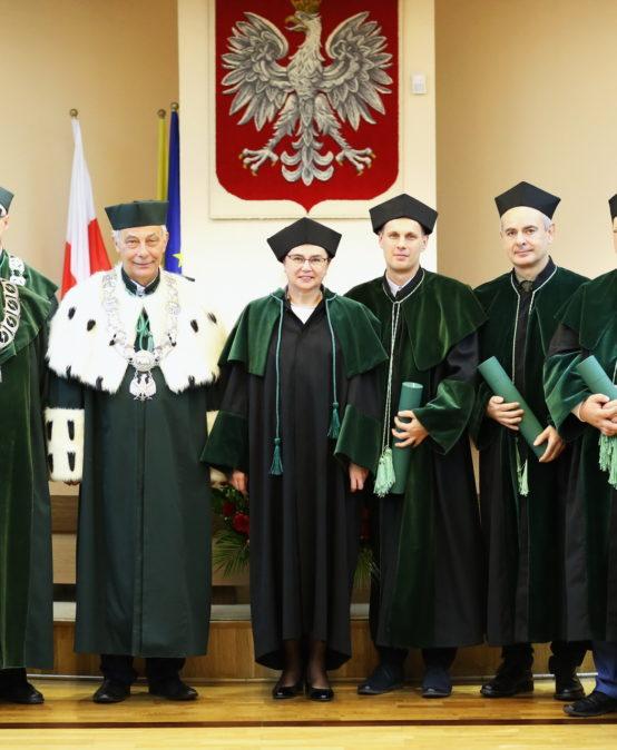 Wręczenie dyplomów doktora oraz doktora habilitowanego