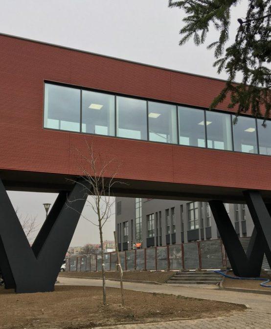 Most łączący naukę i biznes