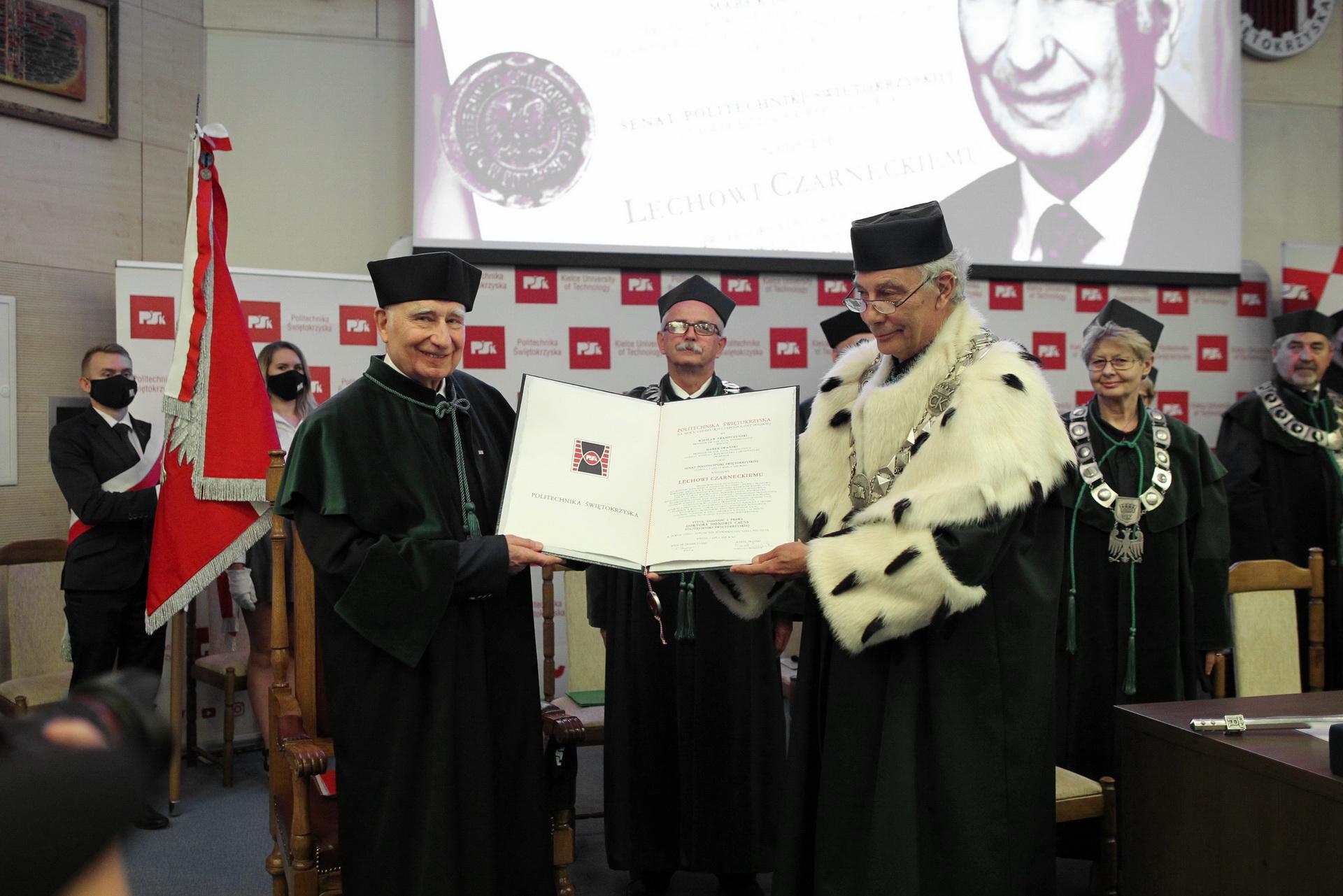 Nadanie tytułu Doktora Honoris Causa Prof. Lechowi Czarneckiemu