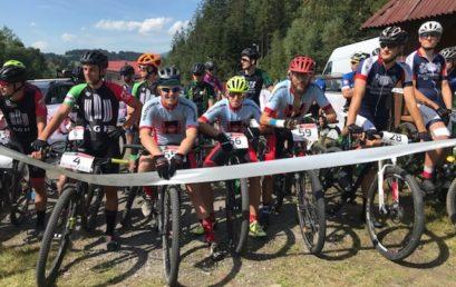 Studenci na AMP w kolarstwie górskim